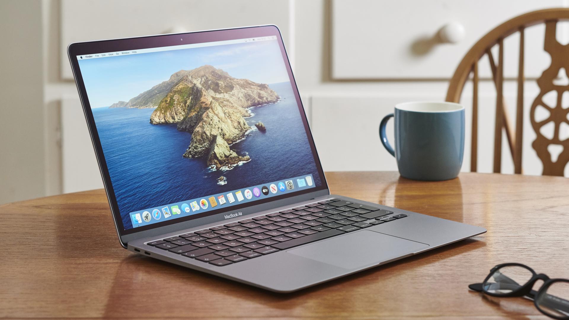 #2021 Khi nào nên thay thế chiếc MacBook của bạn? – Maclife