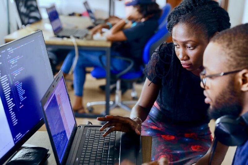[Khái niệm] Software engineer là gì? Đặc trưng trong nghề software engineer – 2021