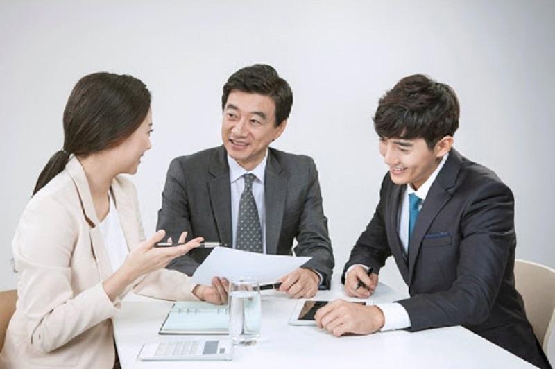 [Tìm hiểu] Phiên dịch viên tiếng Hàn – Công việc mà nhiều bạn trẻ theo đuổi